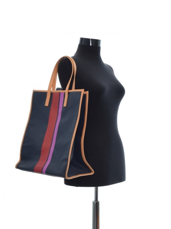 Geanta de umar ESTEE LAUDER (#9733) - SASSY STATION Fashion Marketplace - vinde și cumpără haine, pantofi, genti, accesorii pentru femei