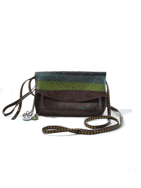 Geanta de umar DESIGUAL (#10666) - SASSY STATION Fashion Marketplace - vinde și cumpără haine, pantofi, genti, accesorii pentru femei
