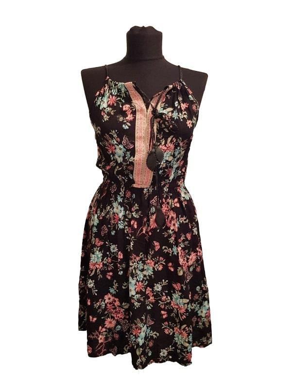Rochie COLLOSEUM (#15389) - SASSY STATION Fashion Marketplace - vinde și cumpără haine, pantofi, genti, accesorii pentru femei