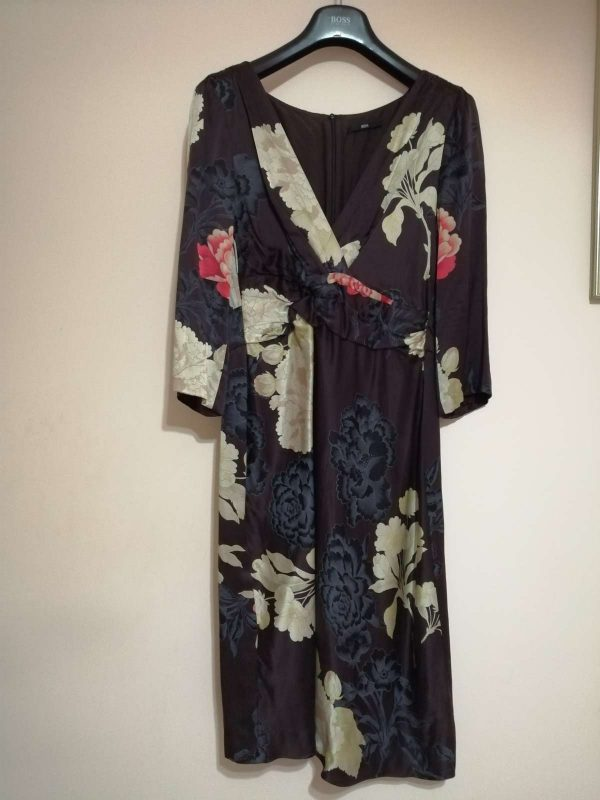 Rochie HUGO BOSS (#16405) - SASSY STATION Fashion Marketplace - vinde și cumpără haine, pantofi, genti, accesorii pentru femei