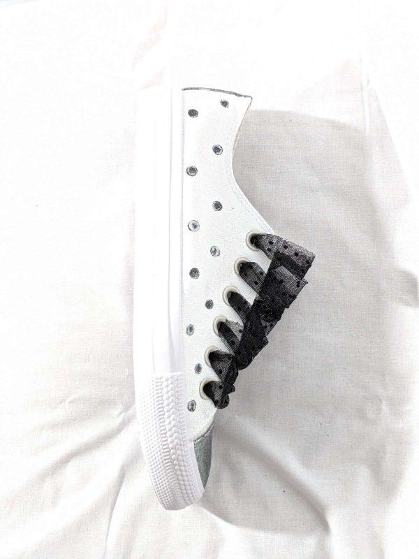 Pantofi sport SARA (#16413) - SASSY STATION Fashion Marketplace - vinde și cumpără haine, pantofi, genti, accesorii pentru femei