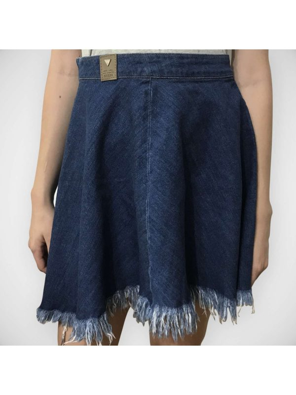 Fusta GUESS (#16458) - SASSY STATION Fashion Marketplace - vinde și cumpără haine, pantofi, genti, accesorii pentru femei