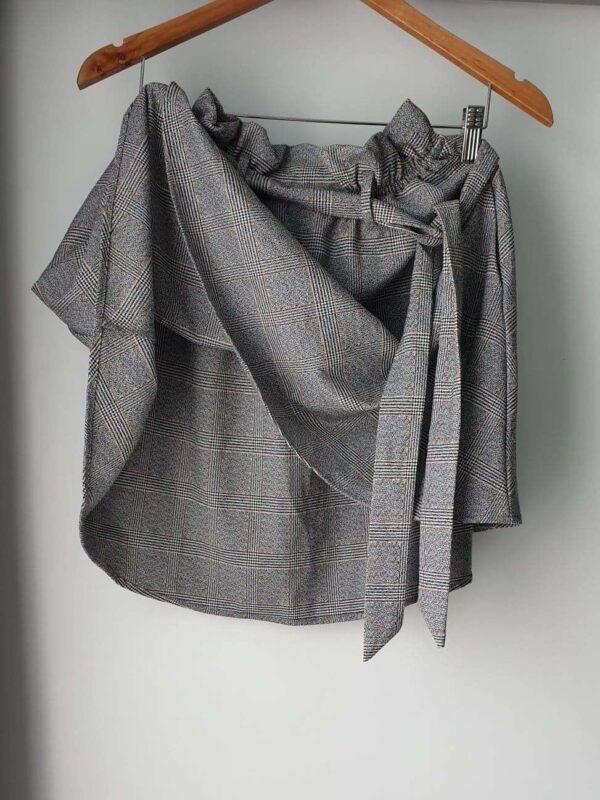 Fusta H&M (#16536) - SASSY STATION Fashion Marketplace - vinde și cumpără haine, pantofi, genti, accesorii pentru femei