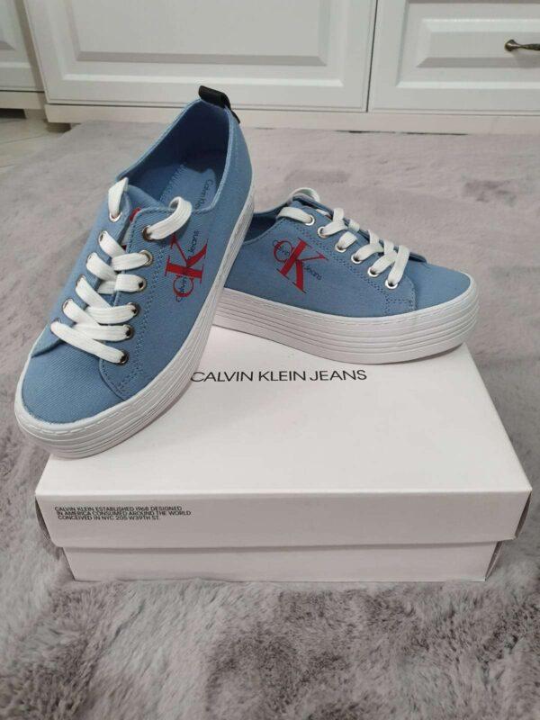 Pantofi sport CALVIN KLEIN (#16648) - SASSY STATION Fashion Marketplace - vinde și cumpără haine, pantofi, genti, accesorii pentru femei