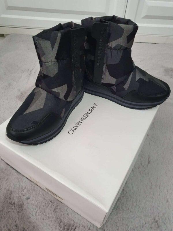 Ghete / botine CALVIN KLEIN (#16657) - SASSY STATION Fashion Marketplace - vinde și cumpără haine, pantofi, genti, accesorii pentru femei