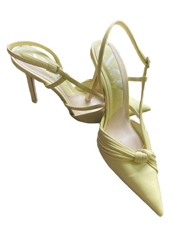 Pantofi cu toc ZARA (#16694) - SASSY STATION Fashion Marketplace - vinde și cumpără haine, pantofi, genti, accesorii pentru femei