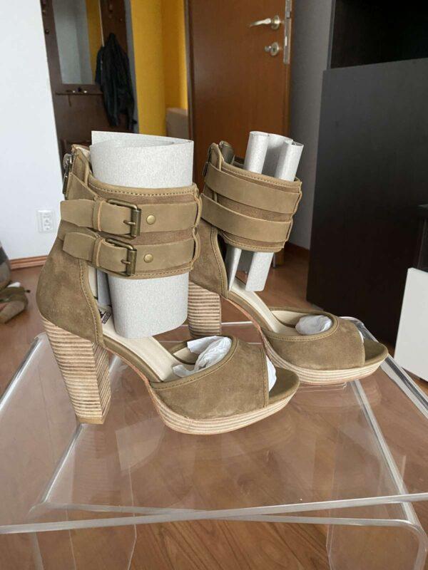 Sandale cu toc BELSTAFF (#16708) - SASSY STATION Fashion Marketplace - vinde și cumpără haine, pantofi, genti, accesorii pentru femei