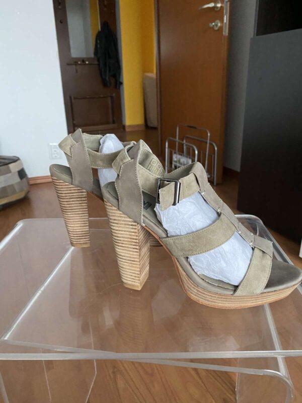Sandale cu toc BELSTAFF (#16711) - SASSY STATION Fashion Marketplace - vinde și cumpără haine, pantofi, genti, accesorii pentru femei