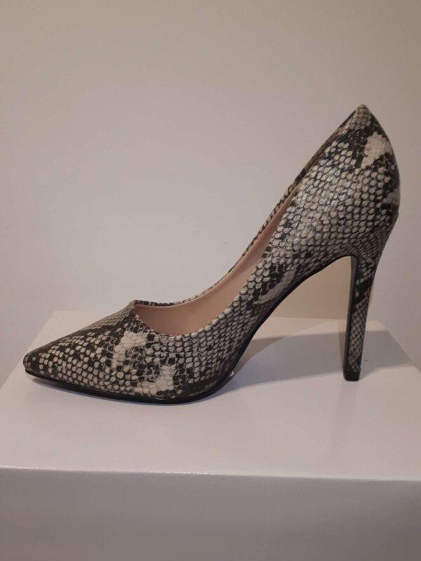 Pantofi cu toc IDEAL SHOES (#16813) - SASSY STATION Fashion Marketplace - vinde și cumpără haine, pantofi, genti, accesorii pentru femei