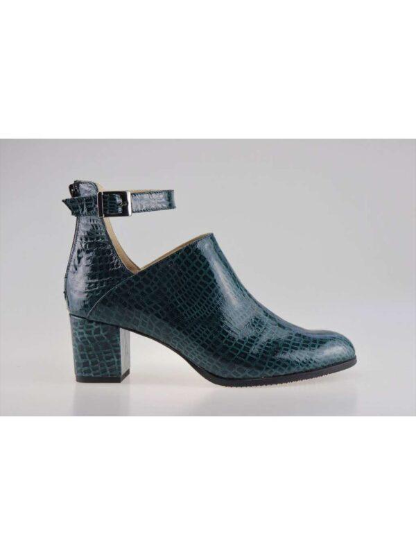Ghete / botine TRIPLE STEP (#17116) - SASSY STATION Fashion Marketplace - vinde și cumpără haine, pantofi, genti, accesorii pentru femei
