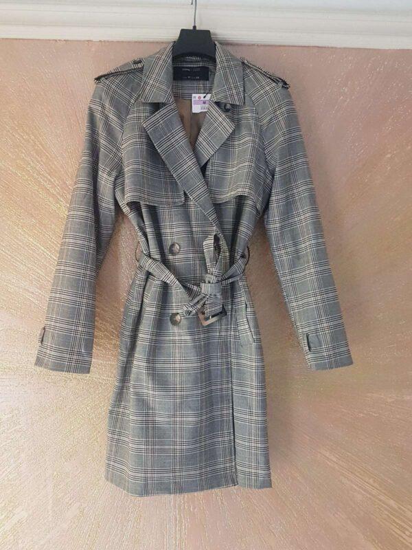 Palton SINSAY (#17140) - SASSY STATION Fashion Marketplace - vinde și cumpără haine, pantofi, genti, accesorii pentru femei