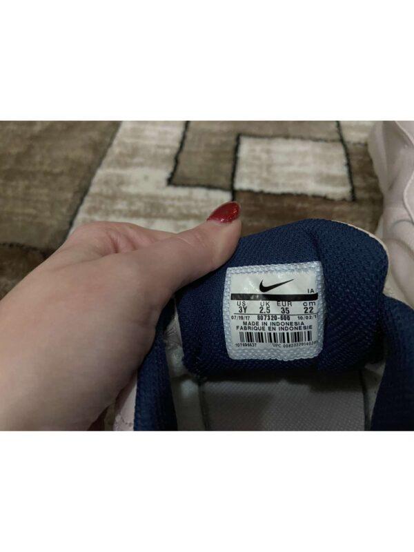 Pantofi sport NIKE (#17153) - SASSY STATION Fashion Marketplace - vinde și cumpără haine, pantofi, genti, accesorii pentru femei