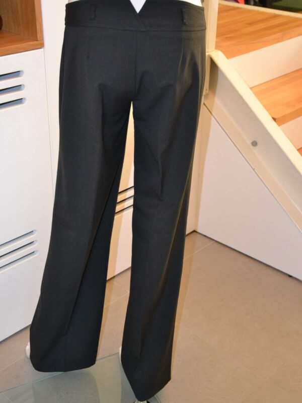 Pantaloni SISLEY (#17181) - SASSY STATION Fashion Marketplace - vinde și cumpără haine, pantofi, genti, accesorii pentru femei