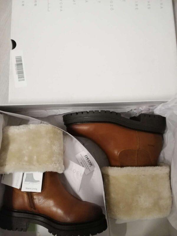 Ghete / botine GEOX (#17194) - SASSY STATION Fashion Marketplace - vinde și cumpără haine, pantofi, genti, accesorii pentru femei