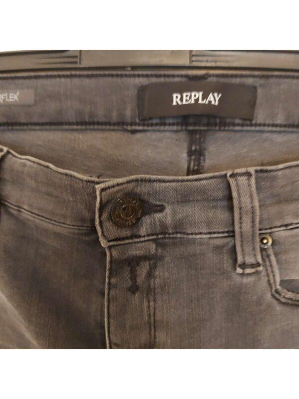 Blugi REPLAY (#17272) - SASSY STATION Fashion Marketplace - vinde și cumpără haine, pantofi, genti, accesorii pentru femei