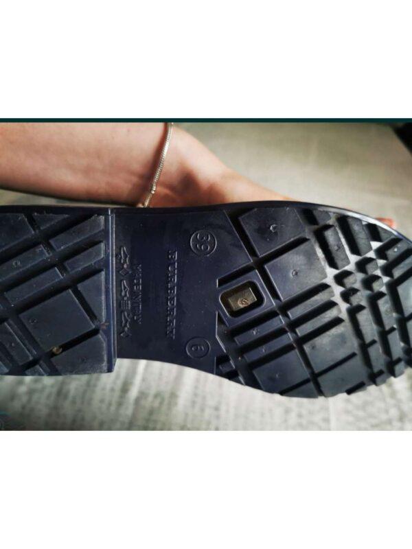 Cizme BURBERRY (#17425) - SASSY STATION Fashion Marketplace - vinde și cumpără haine, pantofi, genti, accesorii pentru femei