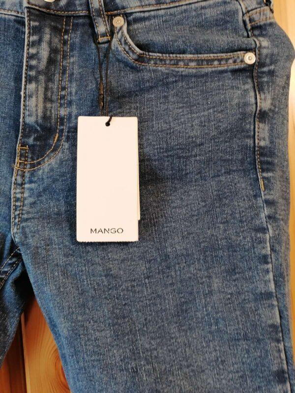 Blugi MANGO (#17459) - SASSY STATION Fashion Marketplace - vinde și cumpără haine, pantofi, genti, accesorii pentru femei