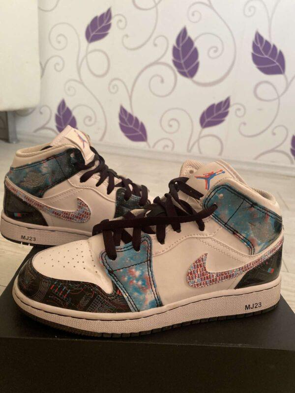 Pantofi sport NIKE (#17502) - SASSY STATION Fashion Marketplace - vinde și cumpără haine, pantofi, genti, accesorii pentru femei